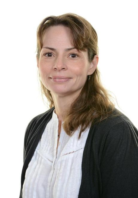 Miss Samantha Napier -Teaching Assistant (pm)