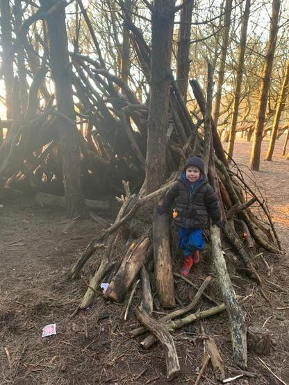 Brilliant den building
