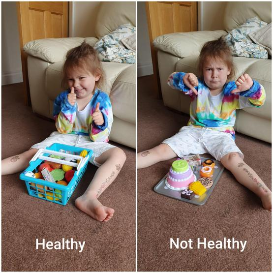 Sorting healthy and not so healthy food