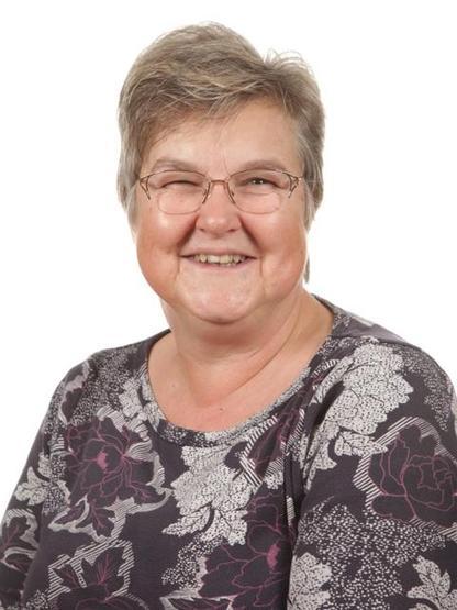 Mrs Hughes (Y6)