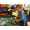 Play dough fun - how many cakes?