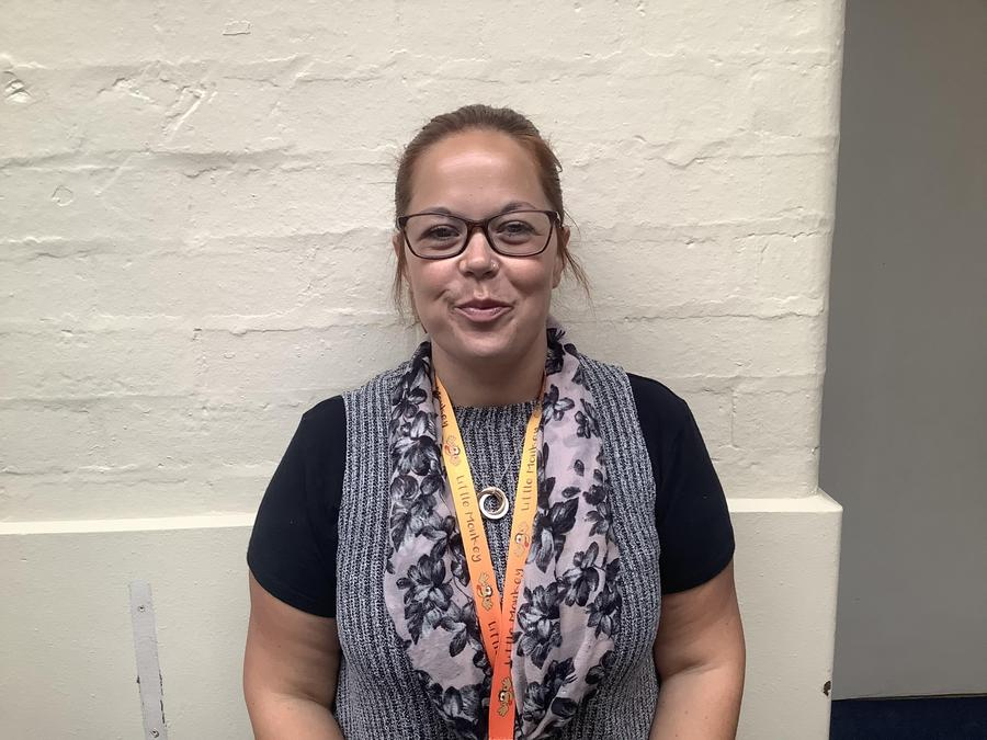 1J  Mrs Page - Teaching Assistant