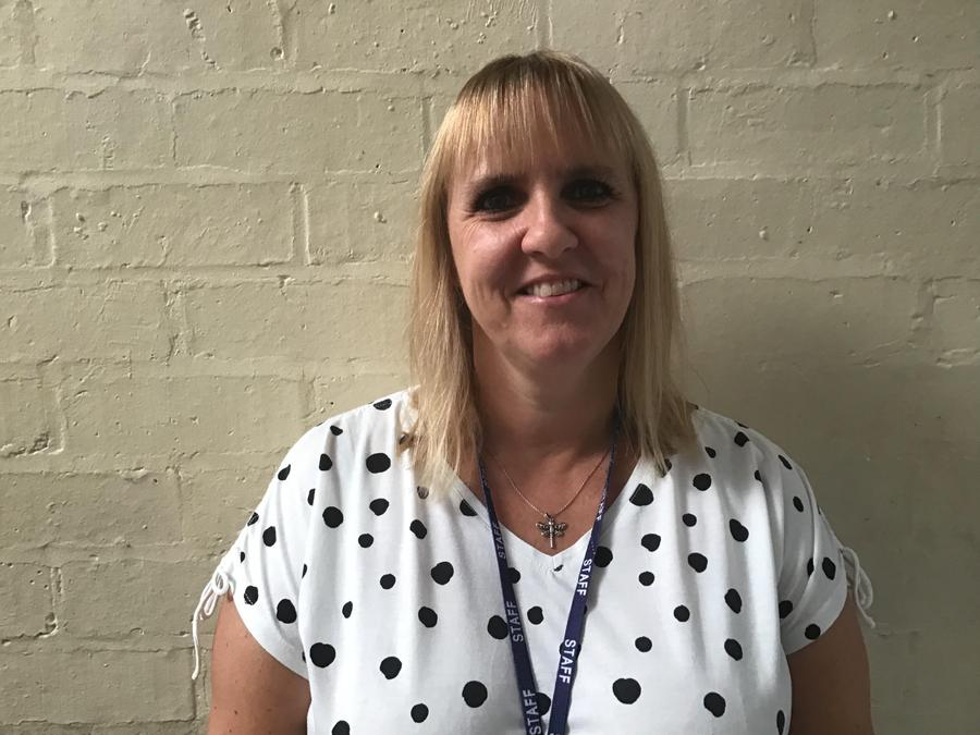 2M  Mrs Bayliss - Teaching Assistant