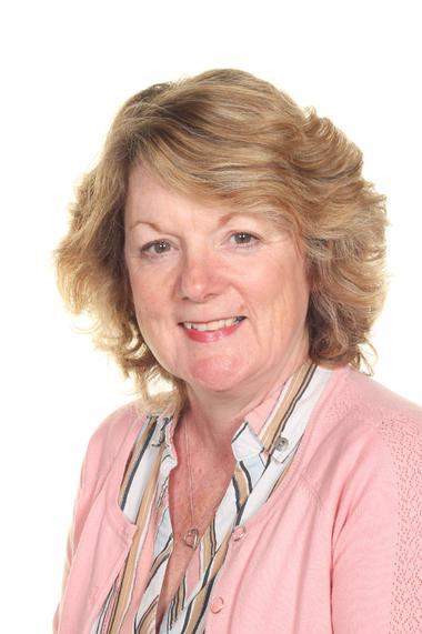 Julie Wear - Learning Mentor