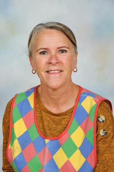 Mrs Nicholls- Mid Day Supervisor