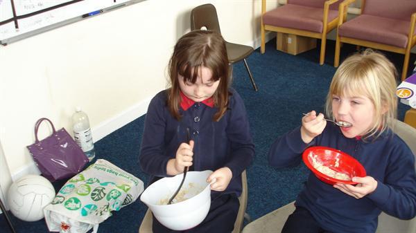 blasu uwd/ tasting porridge