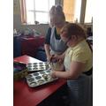Gwneud cacennau Yr Urdd/Making Urdd cakes....iym!