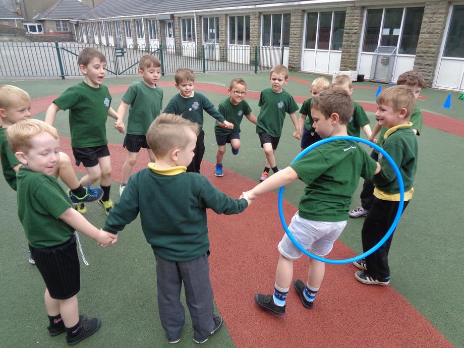 Pass the hoop race