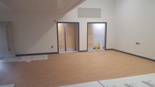 Neuadd Fach / Small Hall