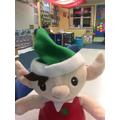 Elfie Celyn y corrach! / Celyn our elf's elfie!