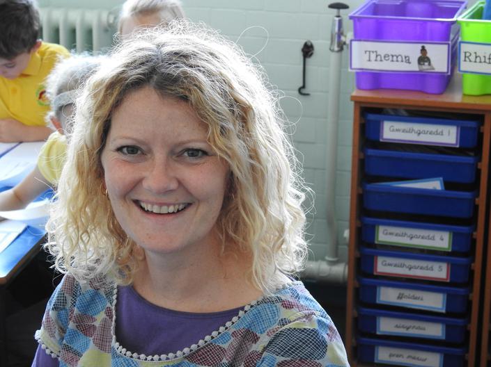 Mrs Emma Dodd - ADY