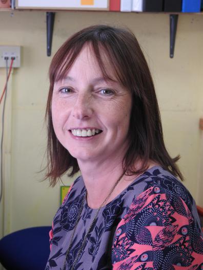 Mrs Rhian O'Brien - Ysgrifenyddes/Secretary