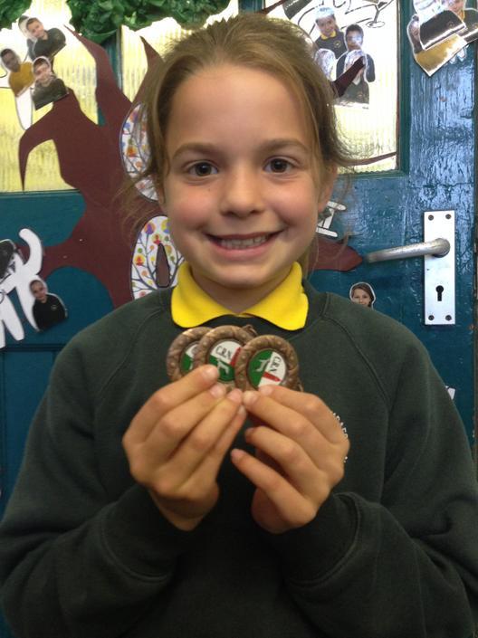 Tair Medal Dawnsio Gwyddelig - Irish Dancing x 3