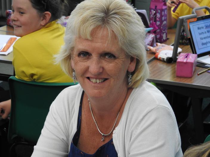 Mrs Janet Thomas - ADY
