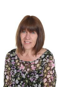 Cymhorthydd Cyfnod sylfaen T Owen (Mrs Owen)