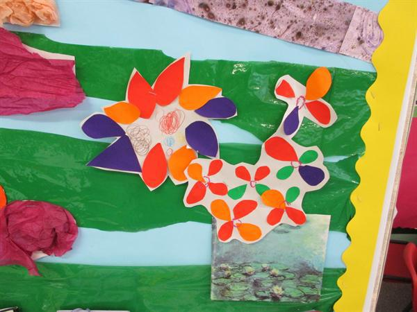 Flowers using paper and glue