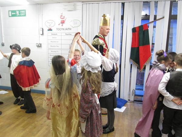 Tudor Party