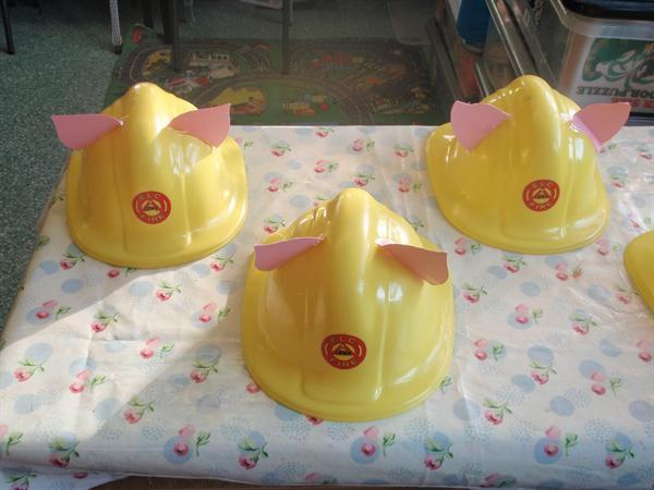 Litte Pig Builders!