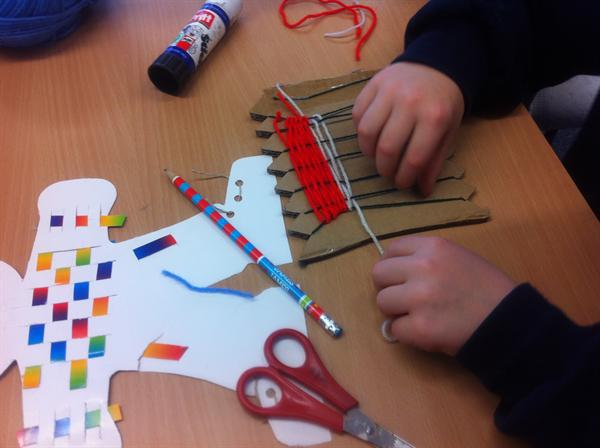 Weaving with paper and wool