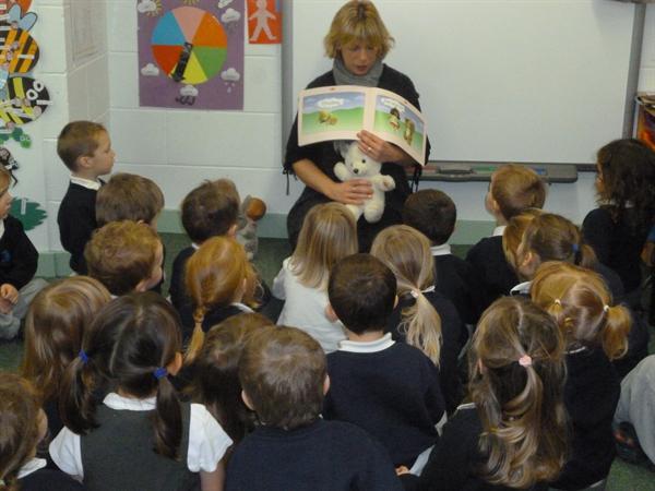 Joio dan 5! Welsh stories.