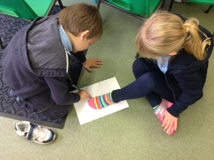 Drawing and Measuring a partners foot