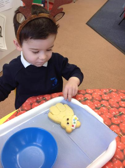 we made some yummy Pudsey bear biscuits