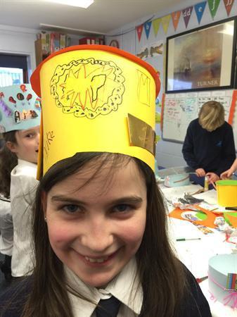 Hats inspired by Warhol and Lichtenstein
