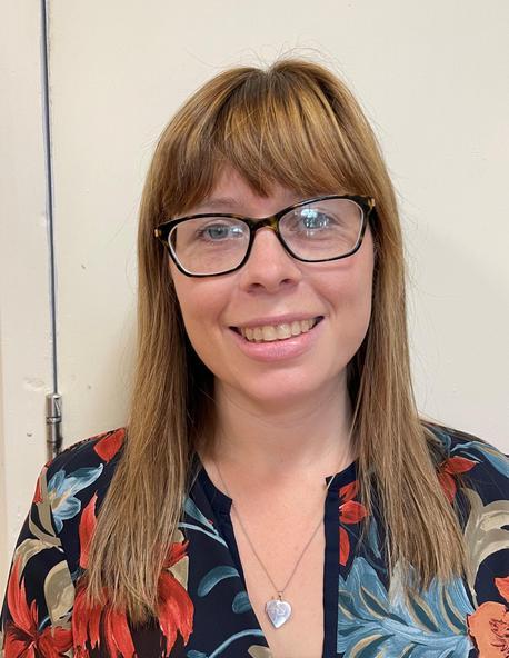 Hannah Saar - Athrawes / Teacher