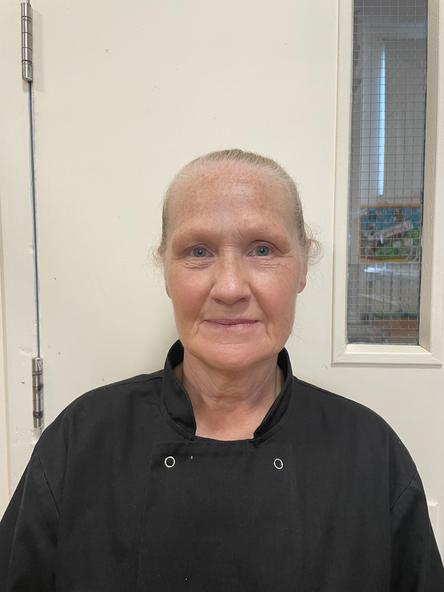 Kerrin Rosser-Collins - Cynorthwyydd Gegin / Kitchen Assistant