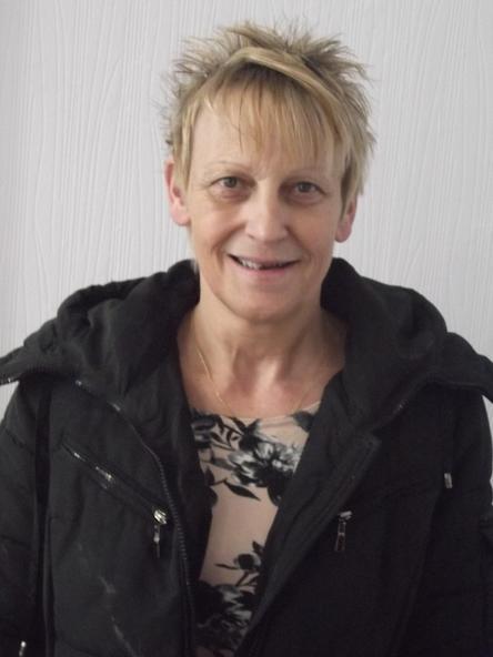Ceri Roberts - Cynorthwyydd Cinio / Lunch Supervisor