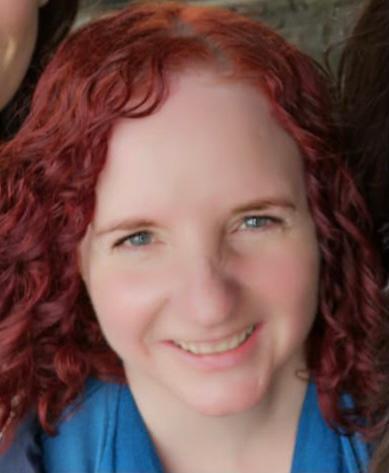Nia Davies - Athrawes / Teacher