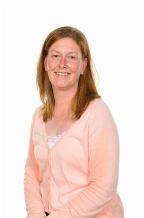 Clare Paget - Cynorthwyydd Swyddfa/Admin Assistant