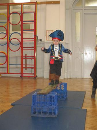 Mor ladron y Feithrin / Our Nursery pirates