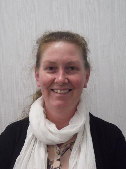 Clare Paget - Cynorthwyydd Swyddfa / Admin Assistant