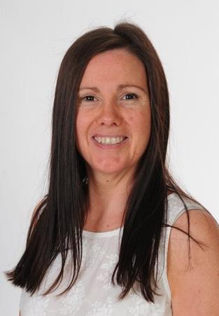 Miss Tina Jones: Staff y Gegin / Kitchen Staff