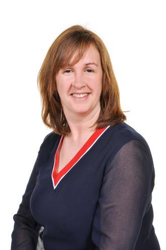 Mrs L Thomas Blwyddyn 5 / Year  Elen