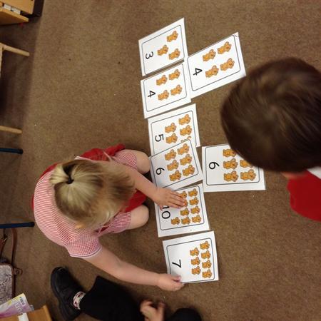 Sorting Dominos