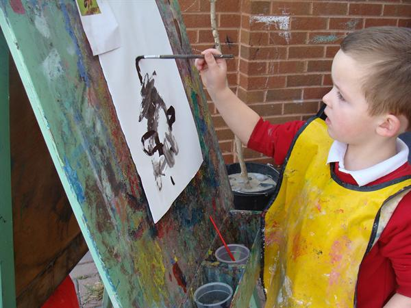 Painting Mummy owl from the story.