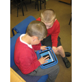 Using online geoboards to create shapes