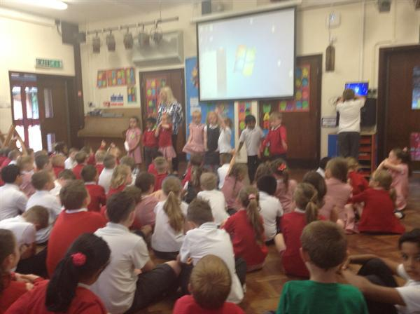 Presenting to the school-Sun Safety