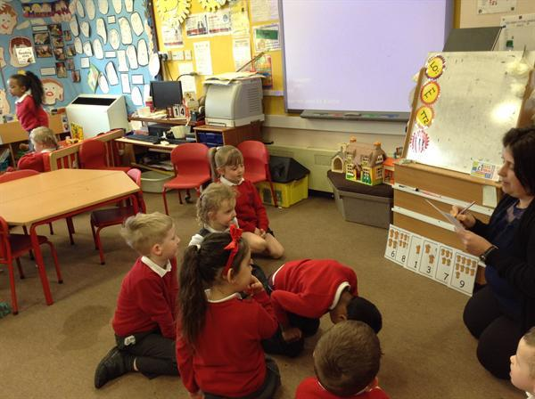 Play Your Cards Right -with Magic Miss Morley