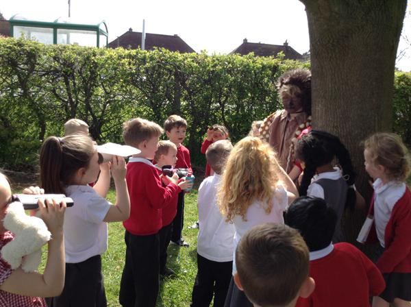 Forest school- Going on a bear hunt.
