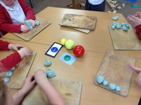 3D Shape- making spheres.