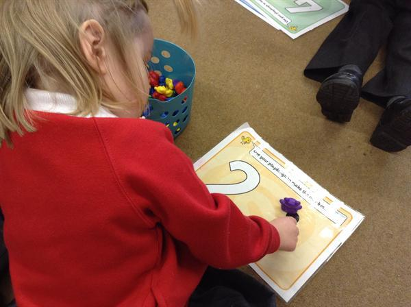 Recognising and recording numbers