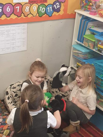 Using puppets to tell stories