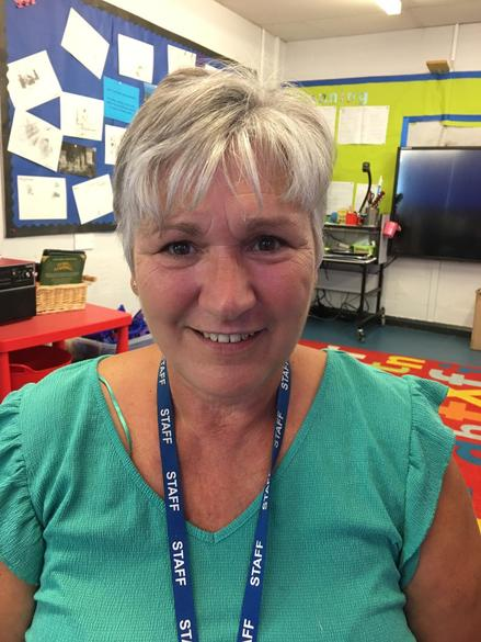 Mrs D Taylor - Teaching Assistant (Traed Bach)