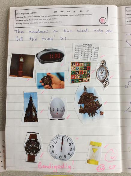 Identifying what we can use to tell the time!