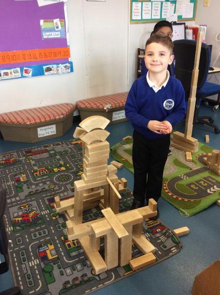 Building castles with 3D shapes