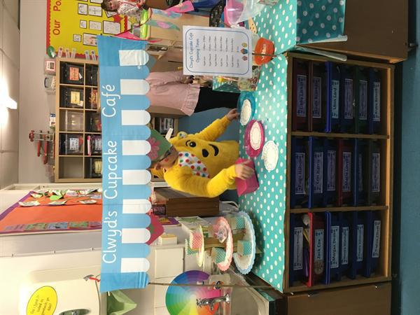 Clwyd's Cupcake Cafe Opening Day!
