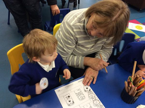 Enjoying Number and Play with Nana